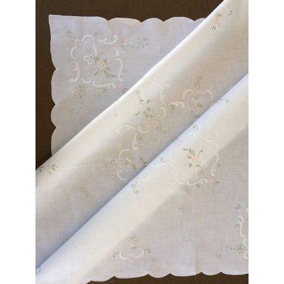 Σετ Καρέ Χειροποίητο κεντητό με 4 πετσέτες 85x85 - DressingHome - GHAC-368 | Τραπεζομάντηλα | DressingHome