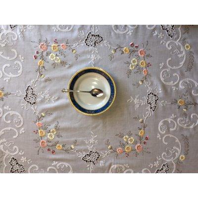 Σετ ροτόντα κεντητή με 8 πετσέτες 170x170 - DressingHome - οπαλίνα C | Τραπεζομάντηλα | DressingHome