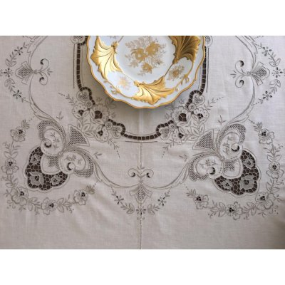 Σετ Ροτόντα κεντητή με 8 πετσέτες Λινή 175x175 - DressingHome - 53017   Τραπεζομάντηλα   DressingHome