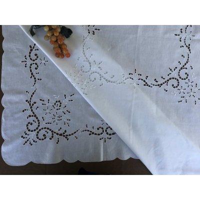 Σετ Τραπεζομάντηλο λινό κεντητό με 8 πετσέτες 170x215 - DressingHome - AG408 | Τραπεζομάντηλα | DressingHome